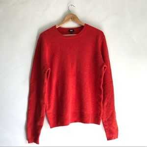 Uniqlo Lambs Wool Crew Neck Sweater